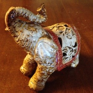 Other view of the right hand side elephant.